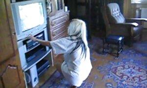 Mẹ, chị hai sinh xxx video nhat ban viên trẻ trên chiếc ghế